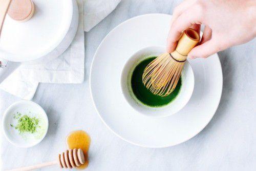 Bột trà xanh giúp trị mụn khá hiệu quả